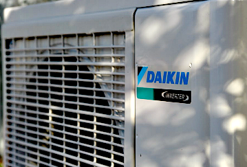 heating-air-conditioning-unit
